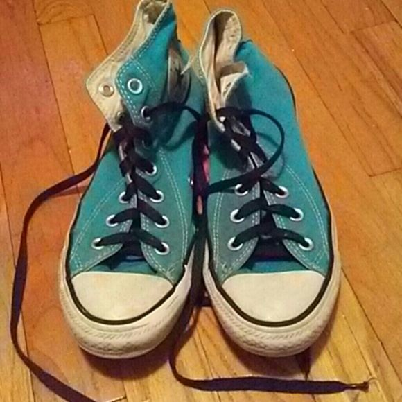 bad2c8fb7e0 shop converse chuck taylor all star hi top black canvas shoes with extra  pair of grey laces ccbb0 79565  ireland blue converse with black laces  74eaf b6810